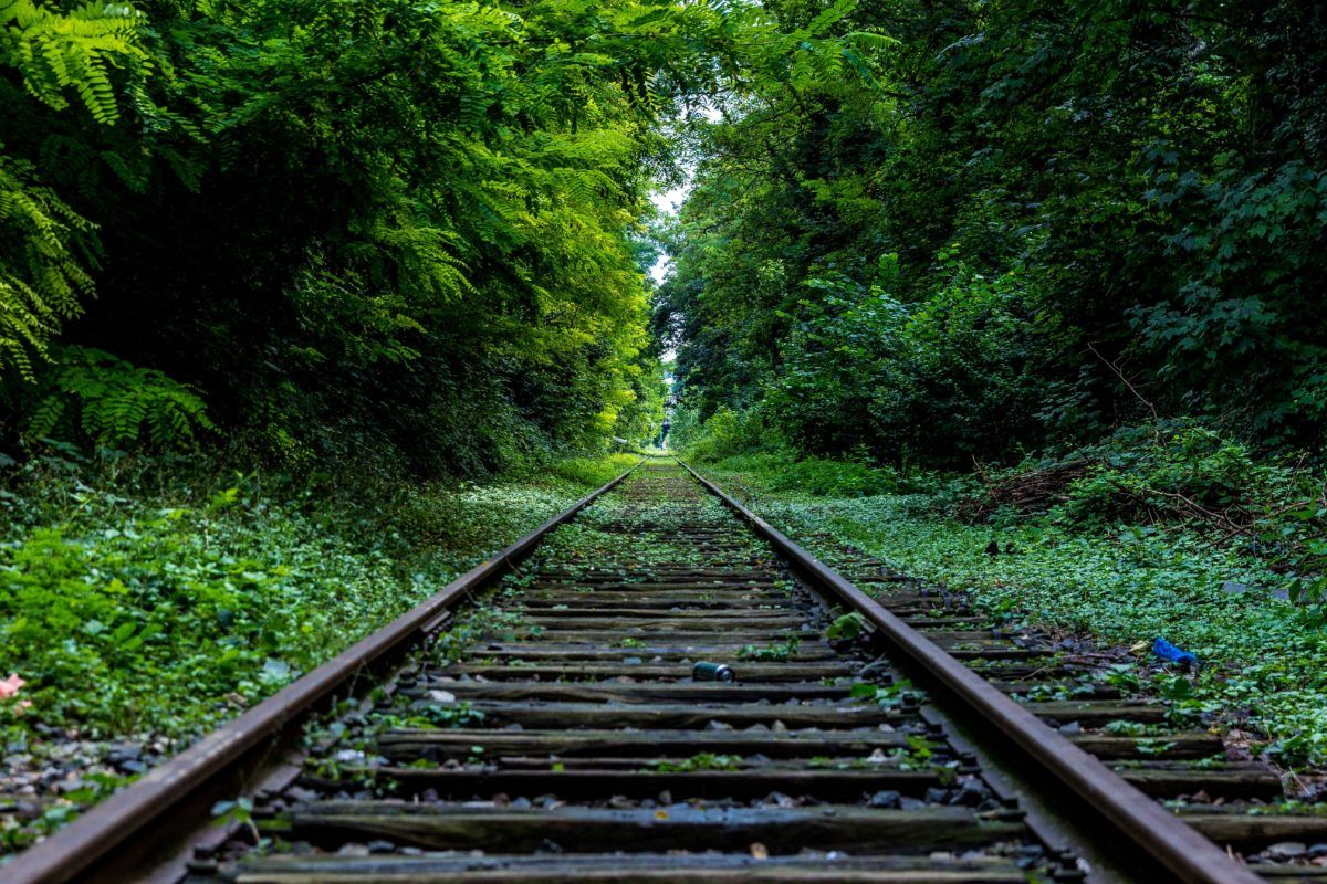 Rail infrastructure badly maintained